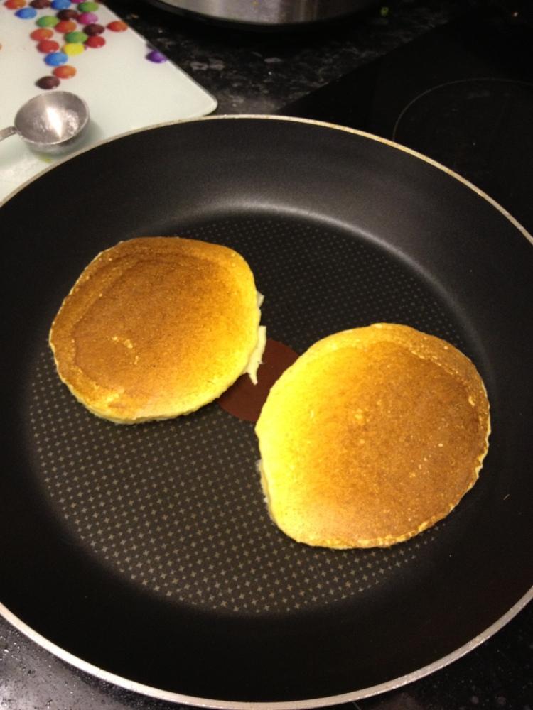 Page 43/365 : Smash Pancake Day...! (2/3)